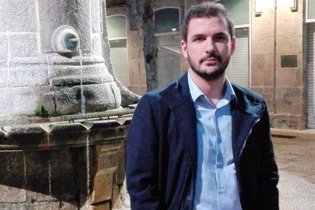 Eduardo Garzón posa para una entrevista con Europa Press en Vigo