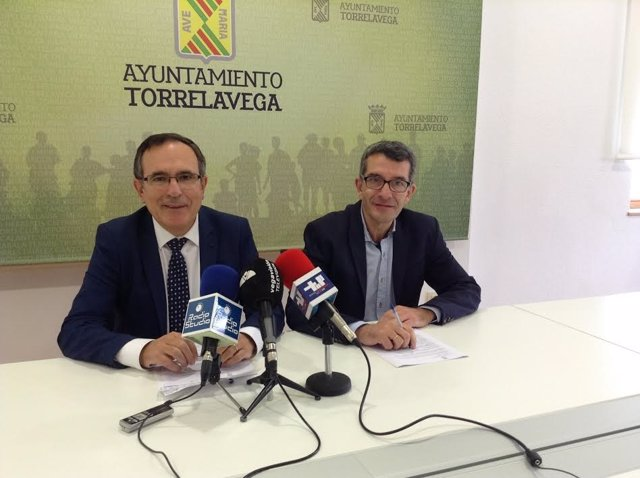 Alcalde Torrelavega en rueda de prensa