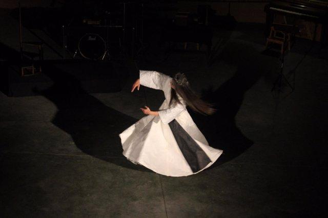 Centre Pompidou  presenta la melancolía recreada en la danza de Soo Jin Yim Heil