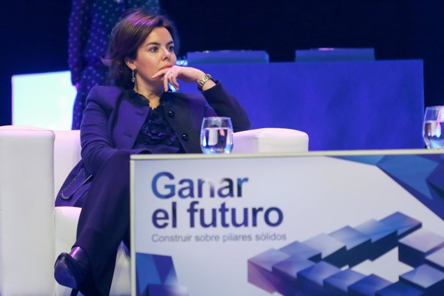 Soraya Saénz de Santamaría en el VI encuentro del Instituto San Telmo