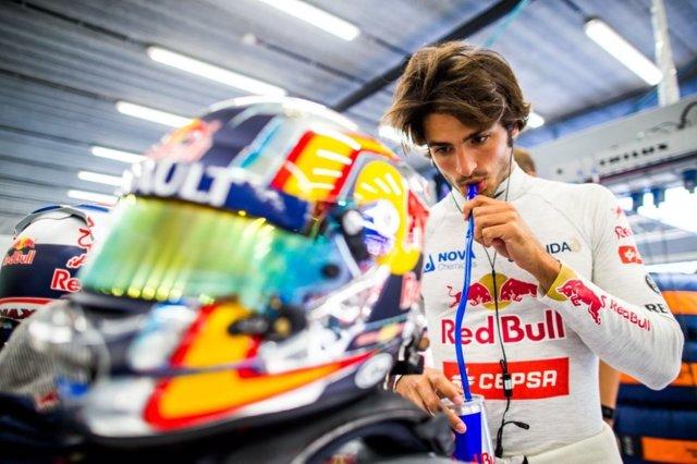Carlos Sainz Escuderia Toro Rosso