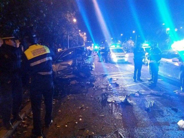 Accidente múltiple a la altura de la calle Torcuato Luca de Tena (Sevilla)