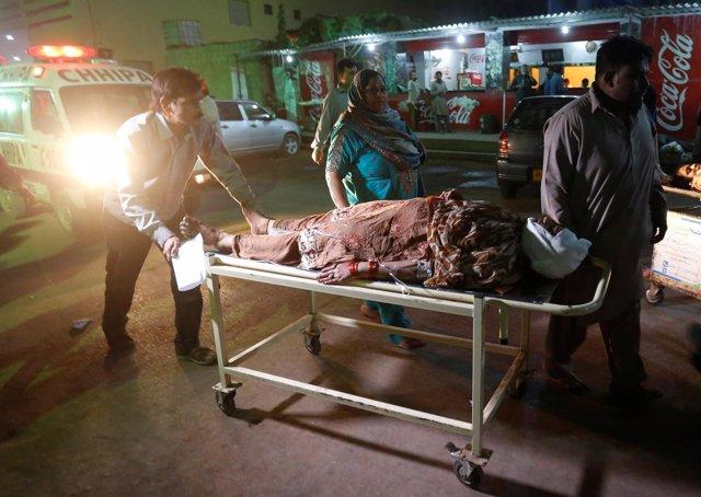 Ambulancia tras un atentado en Pakistán