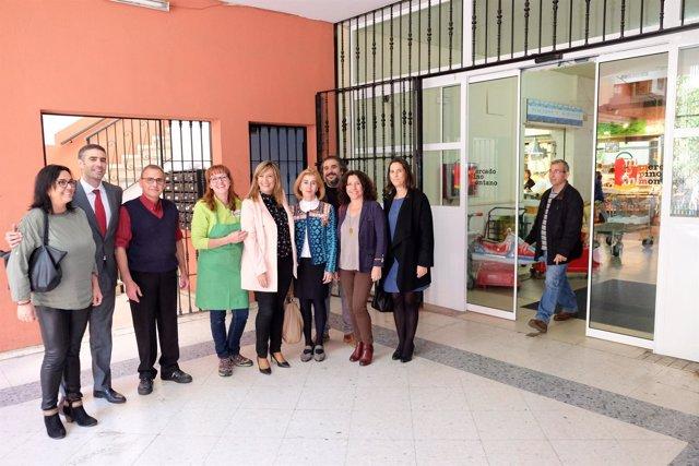 Mejoras en el mercado de Pino Montano