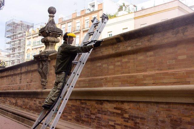 Actuación en el puente de San Bernardo de Sevilla