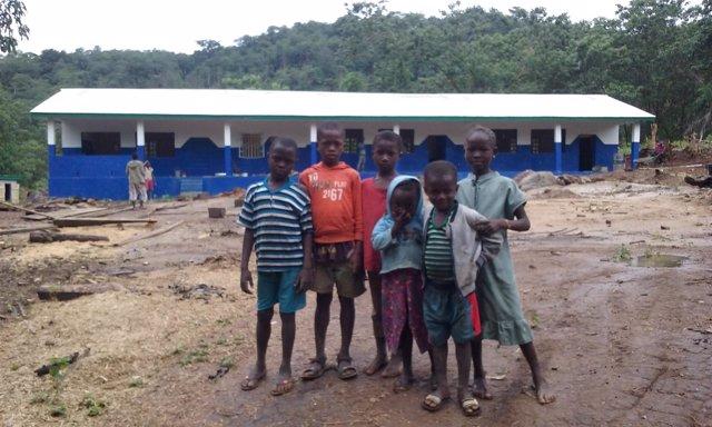 Un grupo de niños en Sierra Leona