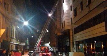Un muerto y 13 heridos tras un incendio y posterior explosión en una...
