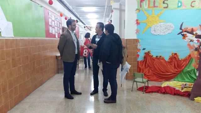 Hila visita un colegio de Palma