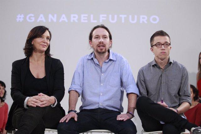 Carolina Bescansa, Pablo Iglesias e Íñigo Errejón