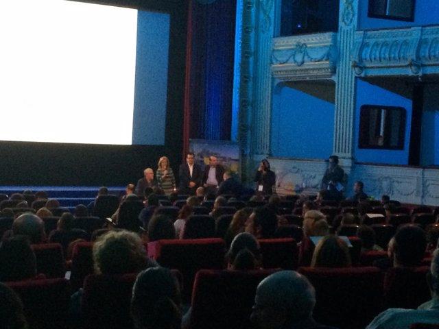 El Certamen 'Gallo Pedro' ha unido en el Teatro Cervantes cine y discapacidad.