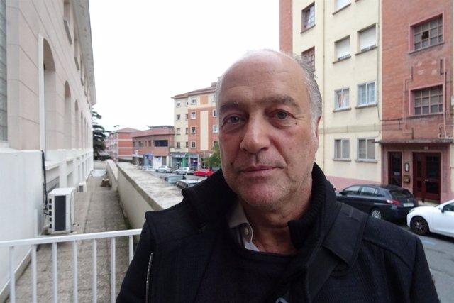 Polo Vallejo, musicólogo.