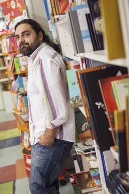 El Narrador Catalán Pep Bruno Imparte En La Biblioteca Insular Un Taller Con El