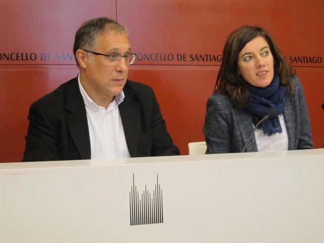 El gerente de Hostelería Compostela, Ramón García, y la concejala Marta Lois