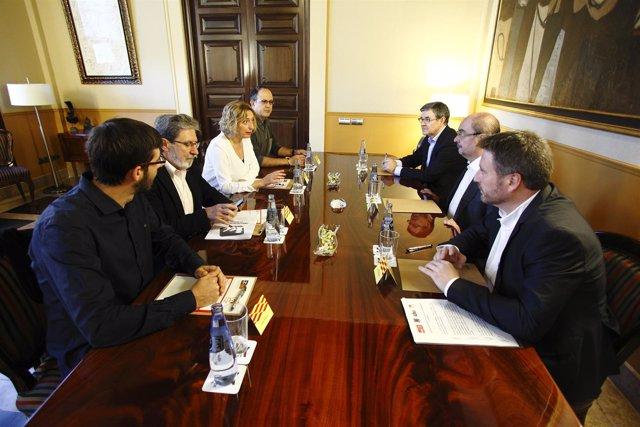 Reunión del Gobierno de Aragón PSOE-CHA con IU, hoy en el Pignatelli