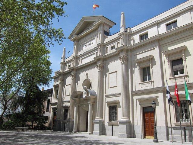 Fachada Del Senado De España