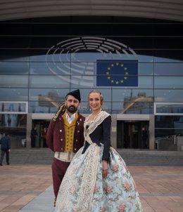 Fuset y Raquel Alario en Bruselas