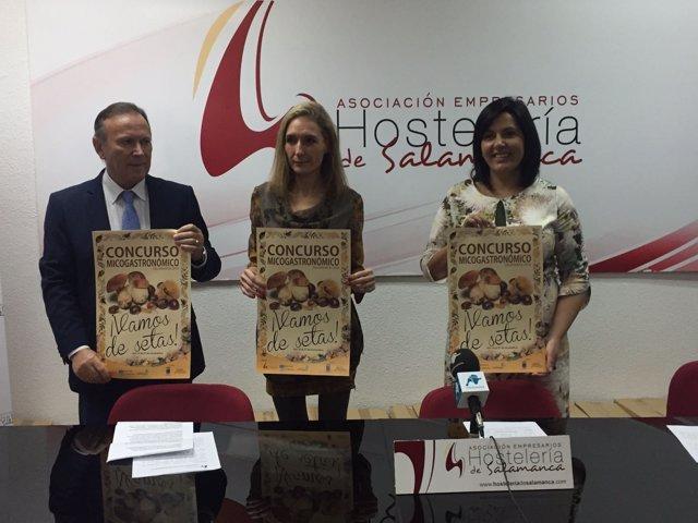 Román Hernández, Cristina Ruiz Sagarduy y Silvia González.
