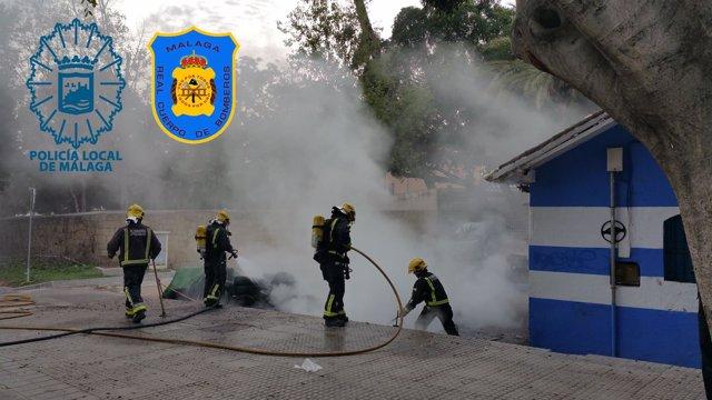 Bomberos sofocan incendio de neumáticos Málaga capital