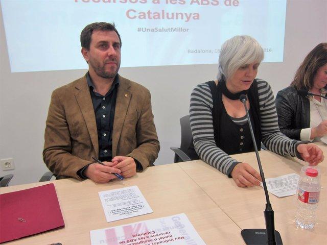 El conseller de Salud, Toni Comín, y la alcaldesa de Badalona, Dolors Sabater