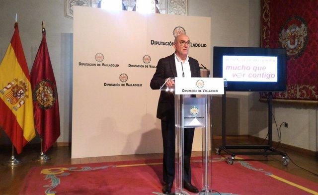 Jesús Julio Carnero presenta la promoción de la provincia en Intur