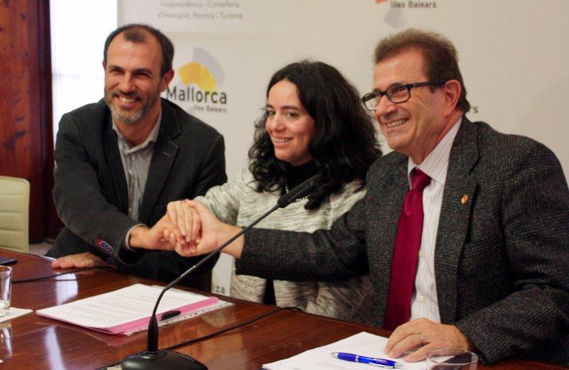 El Govern invierte 175.000 euros en la contratación de investigadores para el Grupo de Relatividad y Gravitación