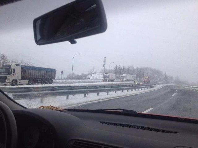 Autopista del huerna, nieve, temporal, carretera