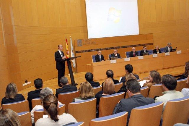 Presentación del proyecto pionero de desfibriladores de la Xunta
