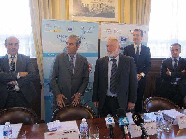 El presidente del Puerto de Vigo, Enrique López Veiga, en una presentación