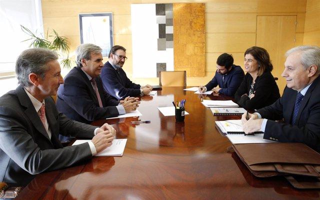 Sala de Consejo de Gobierno El consejero de Presidencia y Justicia, Rafael de la