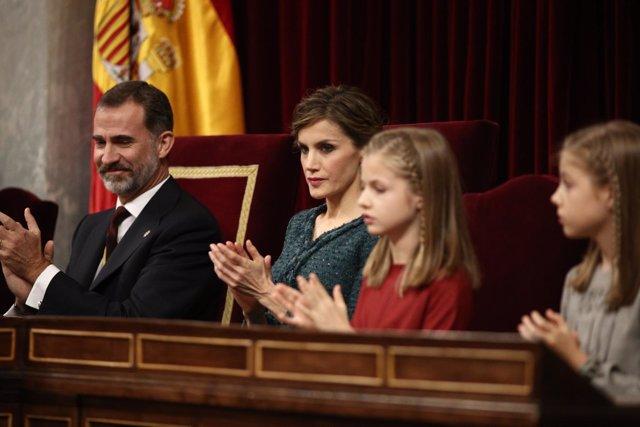 Los Reyes y sus hijas en la apertura de la legislatura en el Congreso