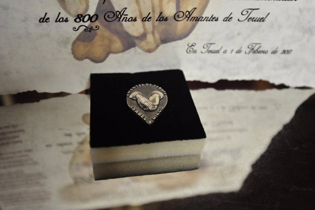 Medalla del 800 Aniversario de los Amantes