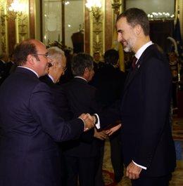 Pedro Antonio Sánchez con SSMM El Rey