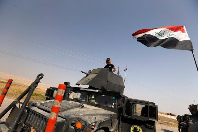 Fuerzas especiales iraquíes avanzando hacia Mosul