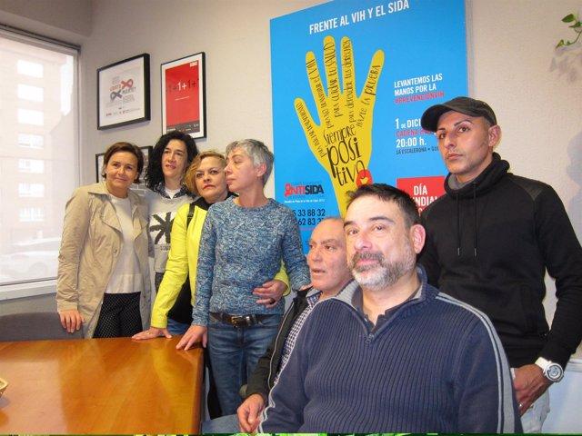 Carmen Moriyon Visita Local Comité Antisida