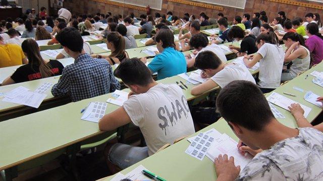 Examenes de Selectividad en la Universidad de Zaragoza