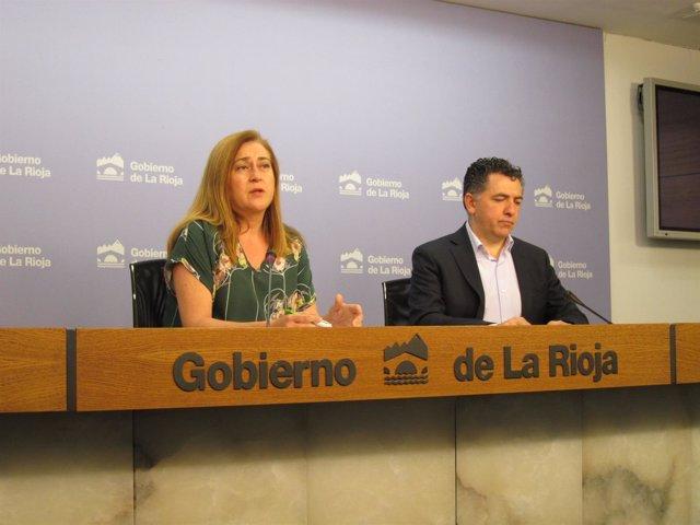 La portavoz del Gobierno Begoña Martínez y el consejero de Fomento Carlos Cuevas