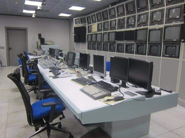 Instalaciones de RTVV vacías tras el cierre del ente