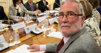 """El PSOE dice que el cambio en las reválidas es """"un paso adelante pero..."""