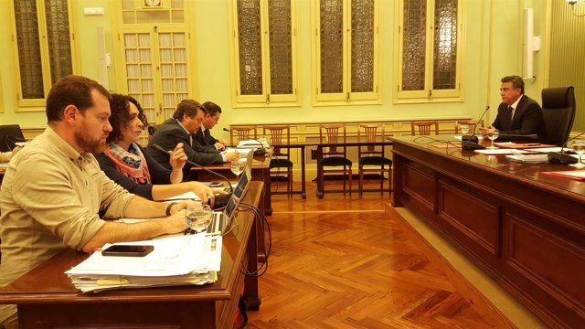 Comisión de investigación de las autopistas de Ibiza en el Parlament