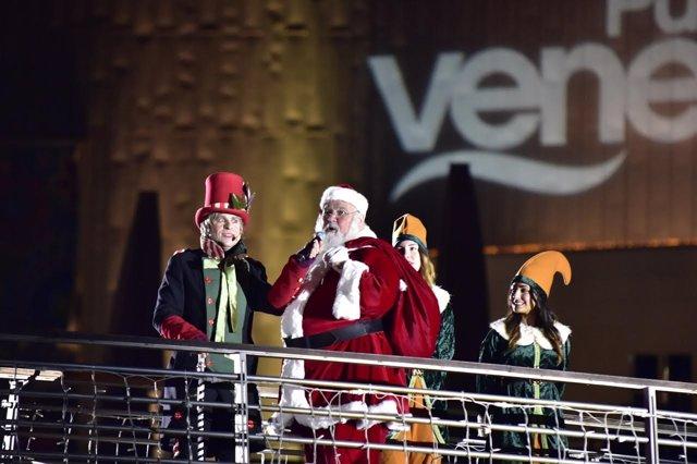Inicio de la campaña de Navidad en Puerto Venecia.