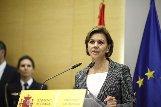 María Dolores de Cospedal toma posesión como ministra de Defensa