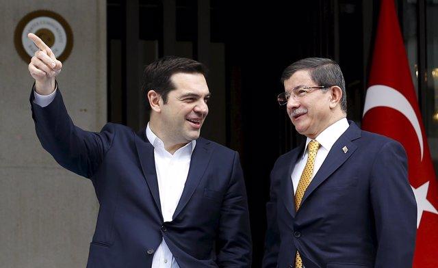 Ahmet Davutoglu y  Alexis Tsipras