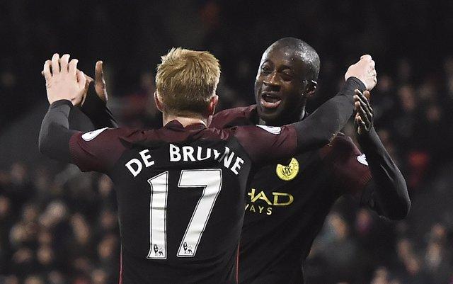 Yaya Touré vuelve con goles para el City