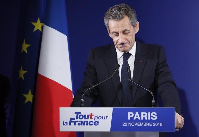 Nicolas Sarkozy reconoce su derrota en las primarias del partido conservador fra