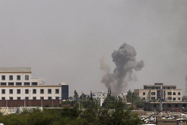 Bombardeos de la coalición saudí sobre Saná