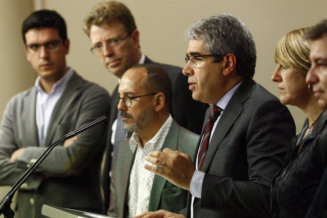 Rueda de prensa de Homs en el Congreso
