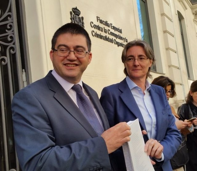 Carlos Sánchez Mato y Marta Higueras