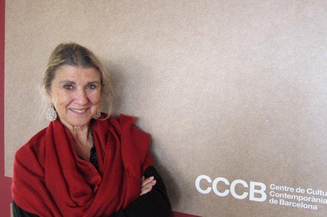 La escritora y activista turca Zeynep Oral