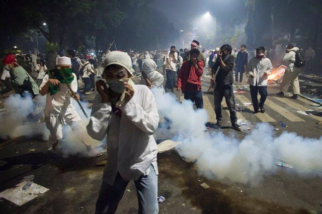 Protestas cotnra el gobernador de Yakarta