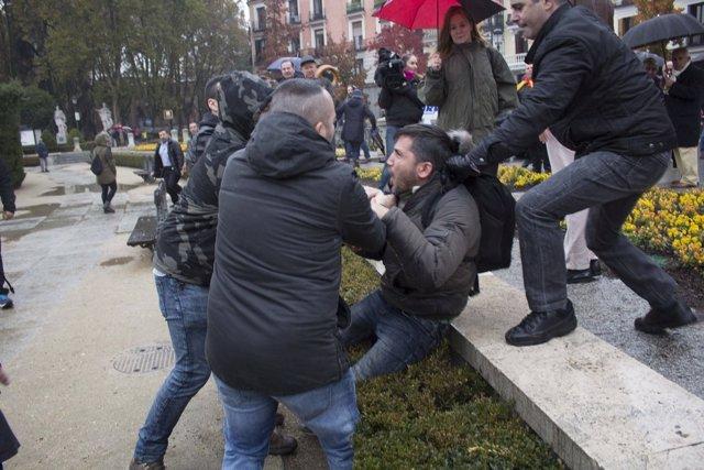 Agresión al activista sin techo Lagardier el 20N